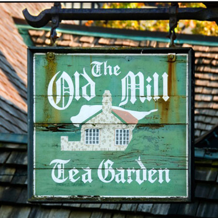 old-mill-inn-and-spa-toronto-afternoon-tea