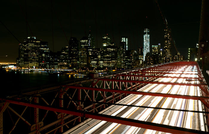 new-york-city-brooklyn-bridge-night