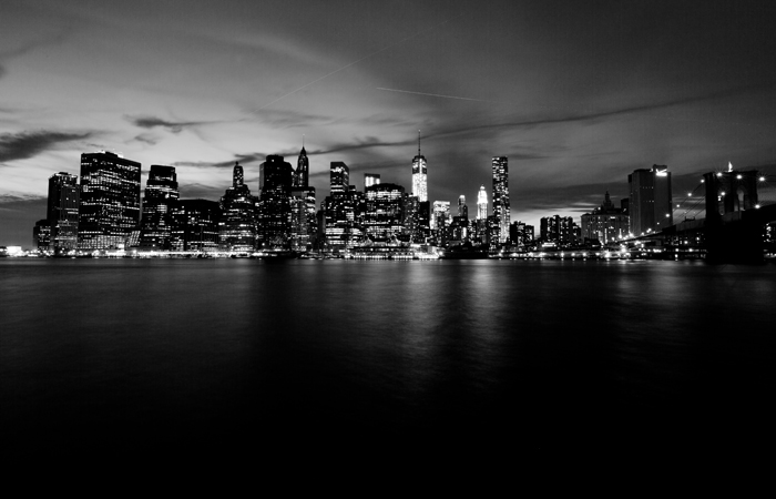 new-york-city-skyline-black-white