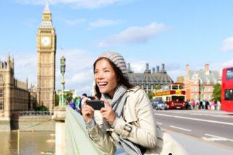 woman-london-smartphone-thumb