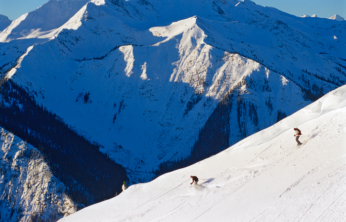 Skiing at Kicking Horse Mountain Resort. Image courtesy Tourism British Columbia.