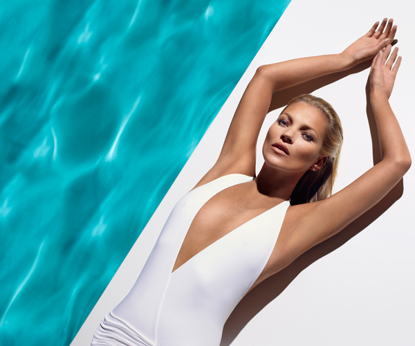 We're envious of Kate Moss' effortless glow.