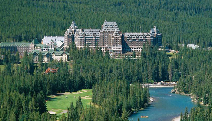 Rumours have it that the Fairmont Banff Springs is haunted.