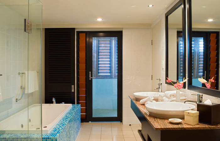 Sofitel-Fiji-bathroom