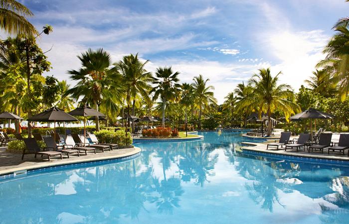 Sofitel-Fiji-pool