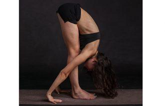 on-plane-yoga-tips-thumb