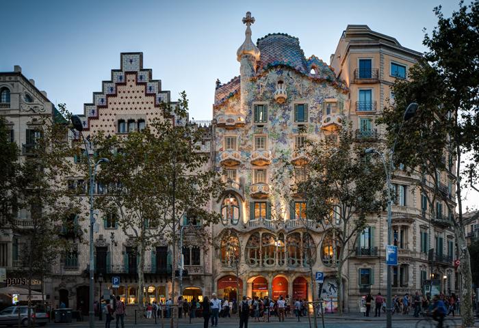 Barcelona_Spain-solo-trip