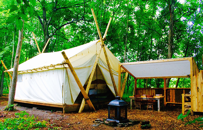 Glamping: Fronterra Camp.