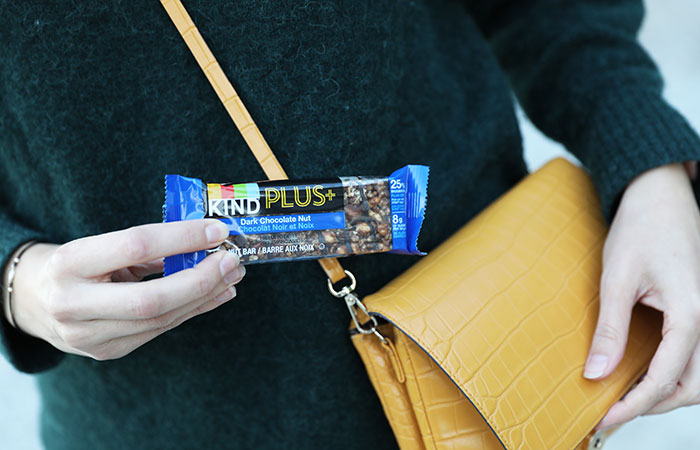 Healthy road trip snacks: Currently obsessed with KIND Plus bars for the road!